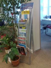 pleksi-gazetelik-stand