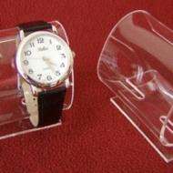 pleksi-saat-teşhir-standı