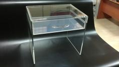 pleksi-çekmeceli-komidin
