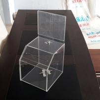 pleksi-bağış-kutusu
